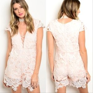 ROMPER CROCHET PINK LACE UP